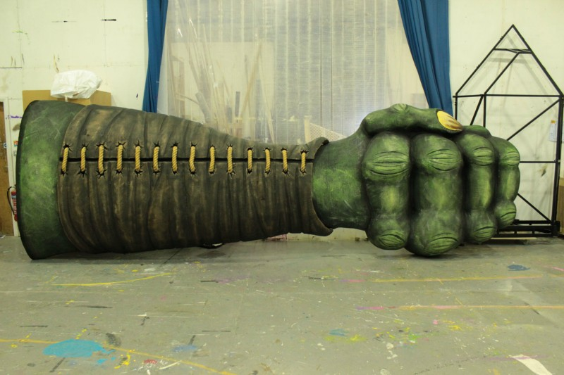 Giants Fist & Forearm