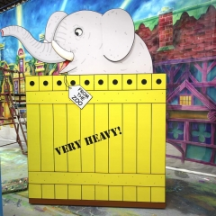 Dear Zoo - Elephant Crate (1)