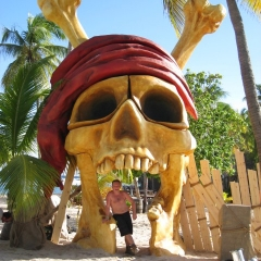 6m-high-skull-Entrance