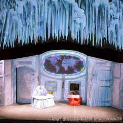 Santa-set-at-the-Ambassadoors-Theatre-Londons-West-End