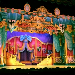 Throne-Room-2013-Snow-White-Theatre-Sets-Props-Backcloths-hand-painted-5-