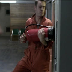 misfits-vending-machines-stills2