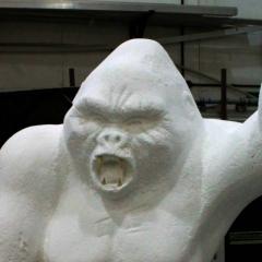 Gorilla-statue-4-