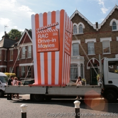 Copy-of-RAC-Worlds-Largest-box-of-Popcorn-067