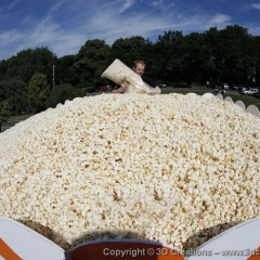 Filling-the-worlds_largest-box-of-popcorn