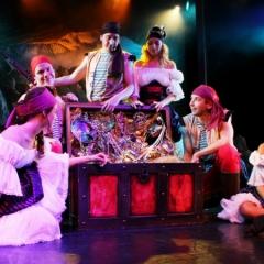 3-Pirate-Scene