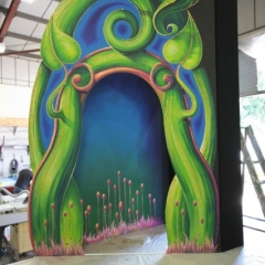 Jack-and-the-Beanstalk-in-the-workshop-11-