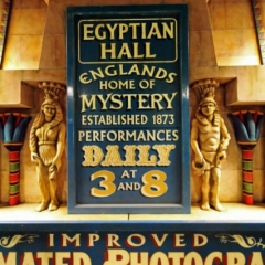 Egyption-Hall-signs-Statues