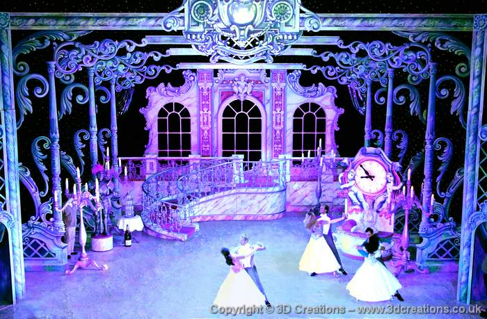 Cinderella – Qdos Theatre Productions