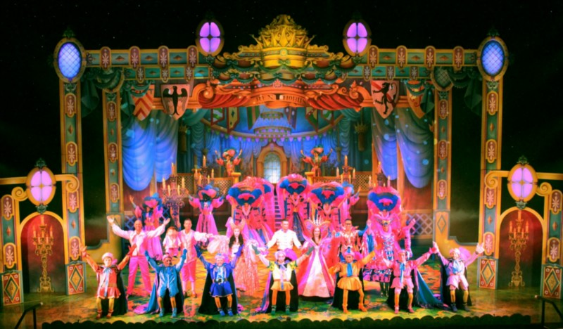 Snow White & the Seven Dwarfs at the Birmingham Hippodrome – On Stage Images